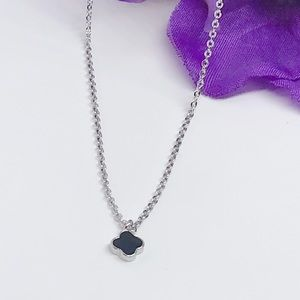 Jewelry - Sterling Silver tiny dainty necklace